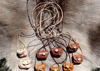 collier sac médecine