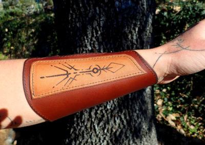 bracelet archer chasse pyrogravé