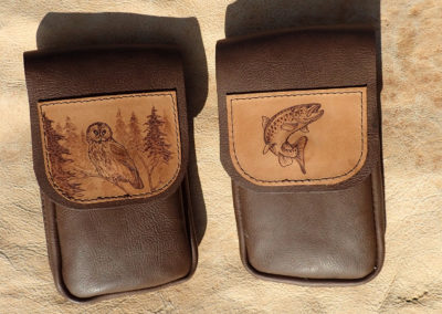 pochette cuir ceinture portable pyrogtravure chouette et truite