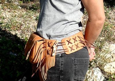 sacoche ceinture cuir bois de renne pierre jaspe