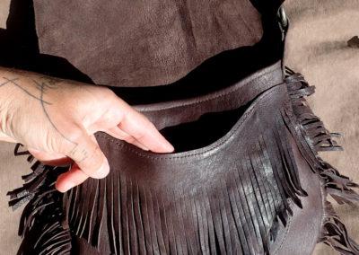 sac bandoulière cuir artisanal franges