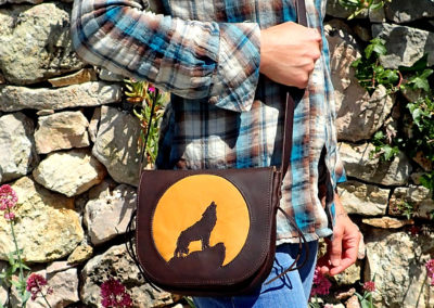 sac bandoulière cuir artisanal loup