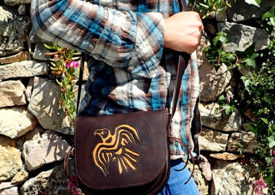 sac bandoulière cuir artisanal aigle corbeau viking
