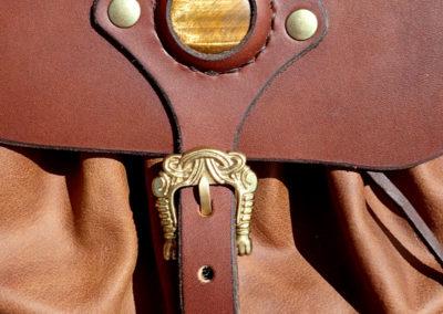escarcelles cuir médiévale