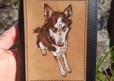 portefeuille cuir pyrogravé chien
