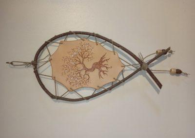 pyrogravure arbre de vie cuir bois
